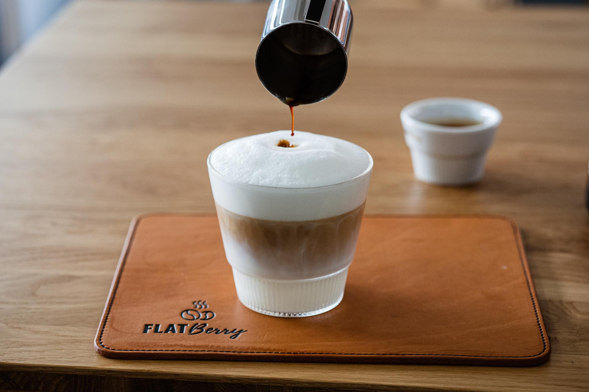Latte_Macchiato_Zubereitung_Espresso